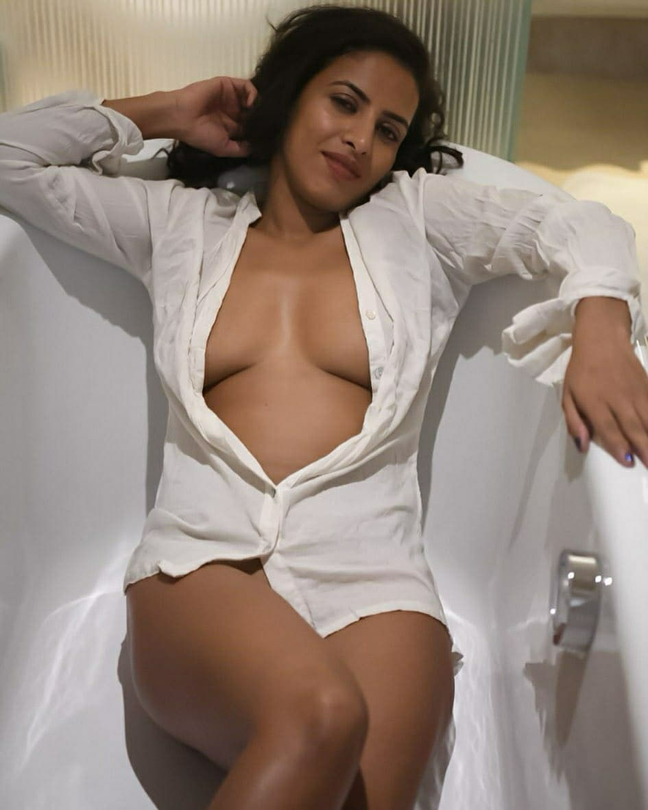 Independent Model Escorts in Pune – Parul Mathur