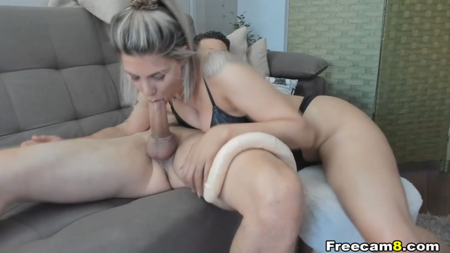Wild Blonde Gives an Amazing Blowjob