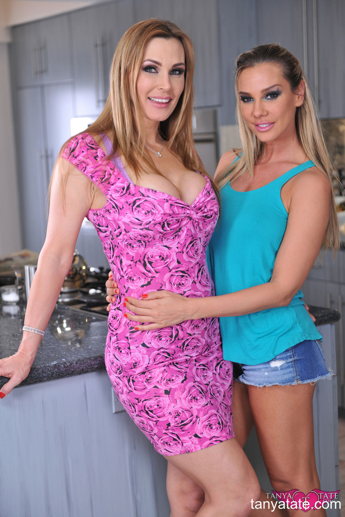 Amateur lesbian milf Sandra and her mature pornstar girlfriend Tanya Tate non nude flirt from Ta ...