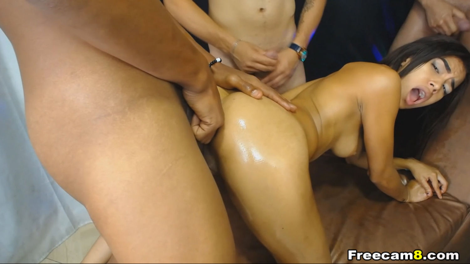 Latina Gives Blowjobs and Gets Analed