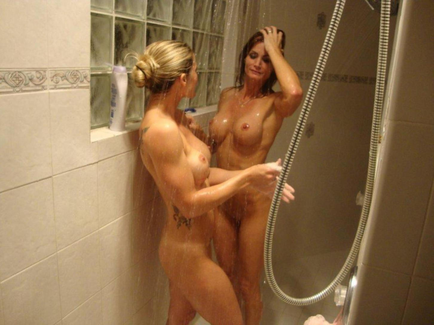 Wet old ladies flaunts large tits and ass in shower