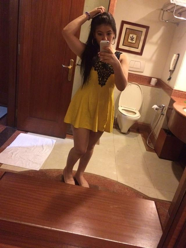Call 9000000001 for Genuine komal Ahmedabad Escorts best Escort Services in Ahmedabad  female es ...