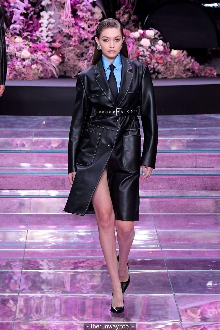 Gigi Hadid sexy runway at Versace fashion show SS 2020 in Milan