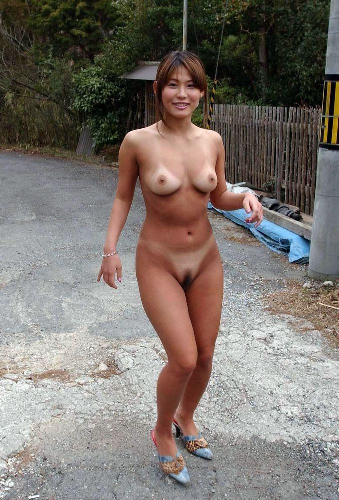 Naked amateur asian girls and women nudists from east countries