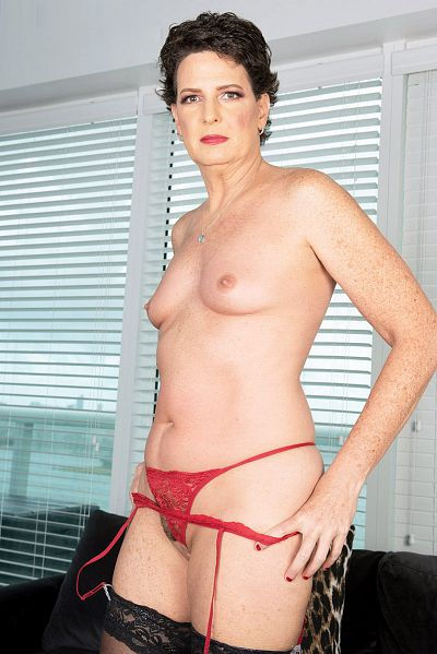 Small titted mature granny pornstar Beth McKenna in lace panties 50 plus milfs sex collection