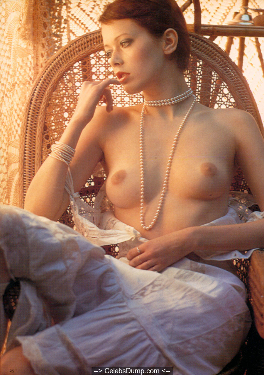Dutch actress Sylvia Kristel fully nude Emmanuelle photoshoot 1974