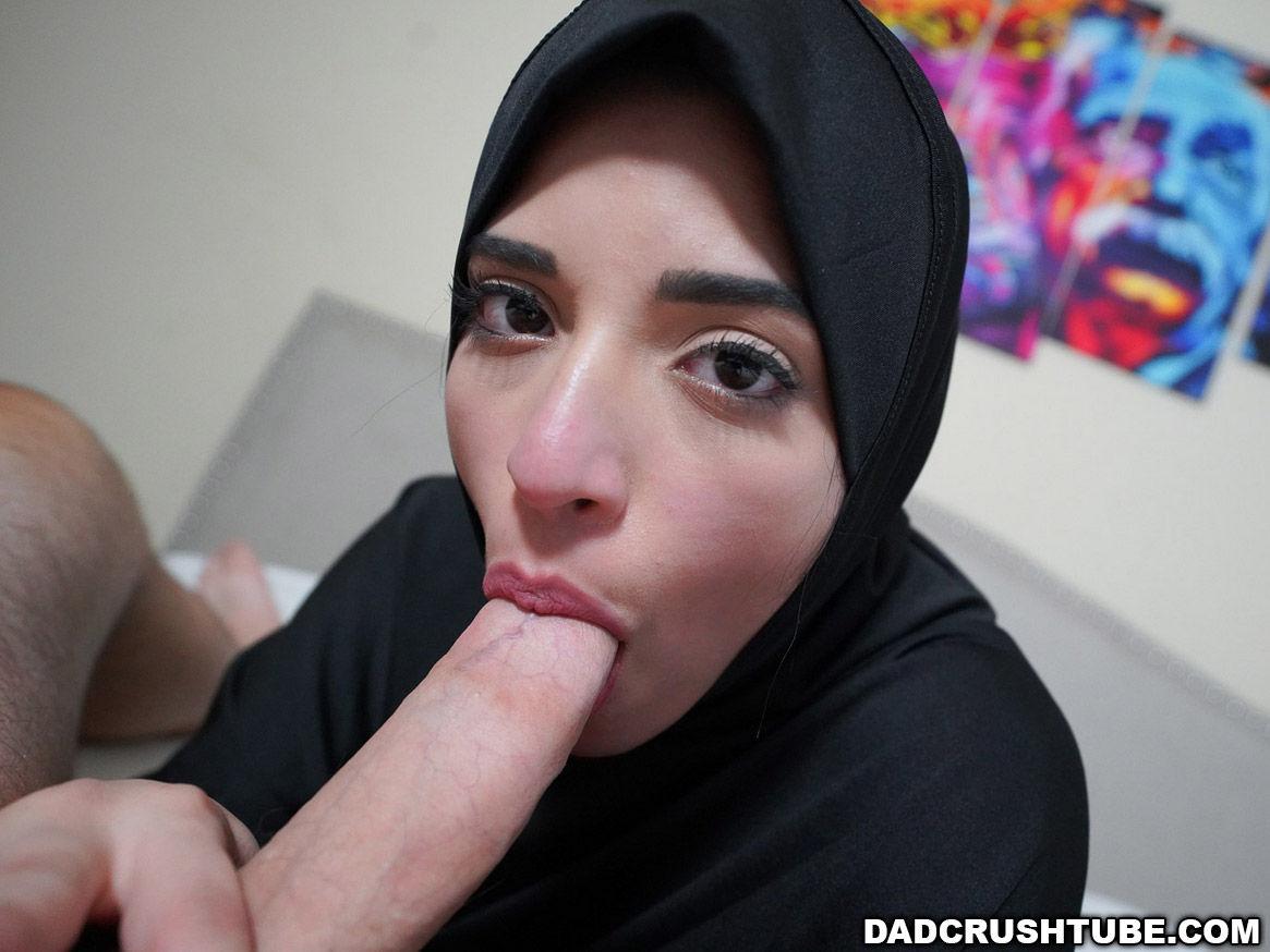 Gabriela Lopez from Dadcrush sucks her stepdads cock wearing her hijab