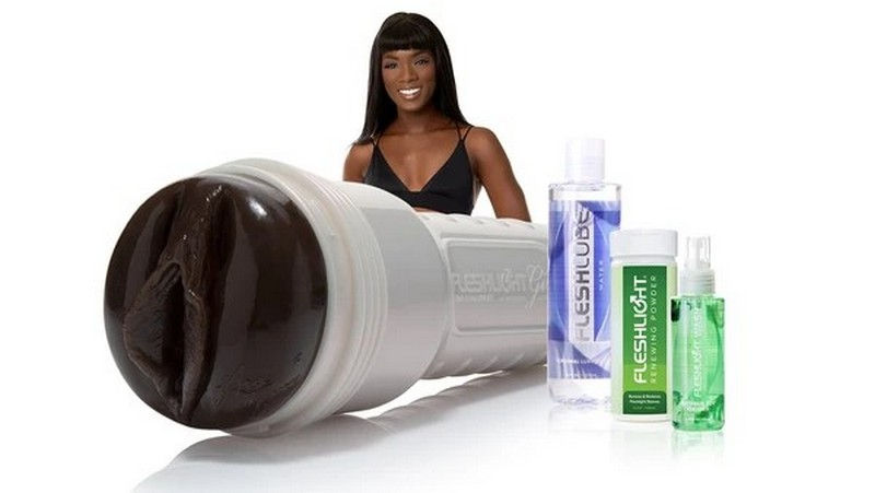 Ebony pornstar Ana Foxx Fleshlight sex toys combo