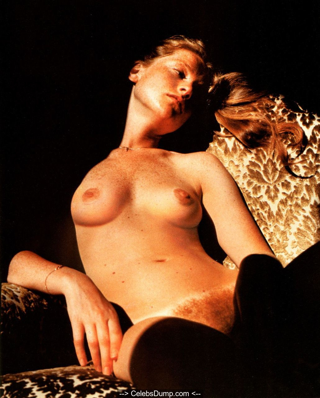 Isabelle Huppert nude tits, ass and hairy pussy