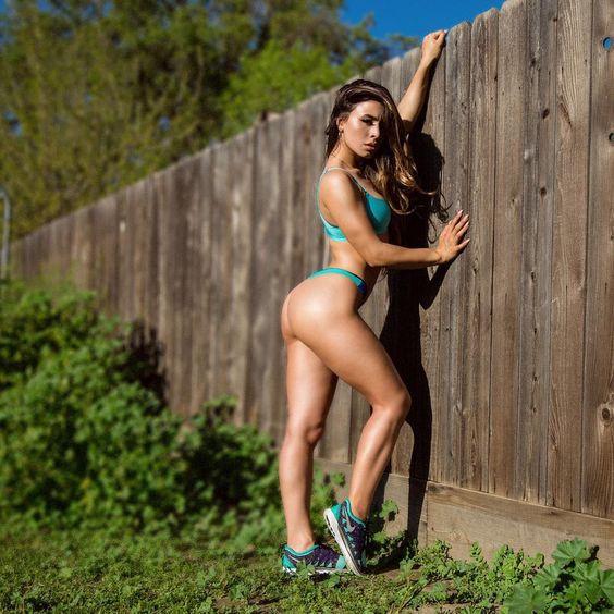 Name: Ashley Dee, Profession: Instagram Model, Ethnicity: Mixed, Nationality: United States, Pla ...