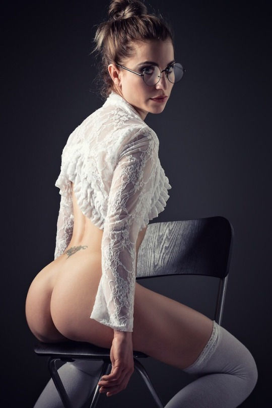 Lovely butt!😜😜😜